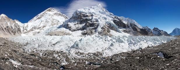 ice-fall khumbu from everest b.c.