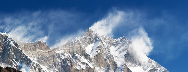 panoramatic view of Lhodse and Nuptse