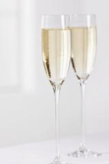gefüllte Sektgläser, Champagne
