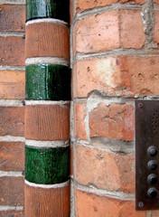 Rundstab mit glasierten Formsteinen