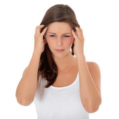 Attraktive junge Frau klagt über Kopfschmerzen