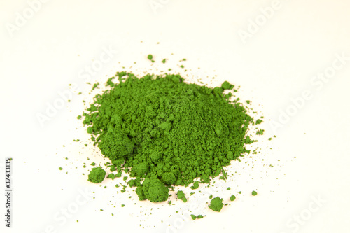 chrome green pigment
