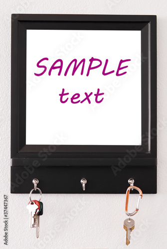 Message Board with 2 Pairs of Keys Hanging