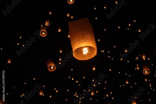Thai traditional Newyear balloon lantern at night - 37491752