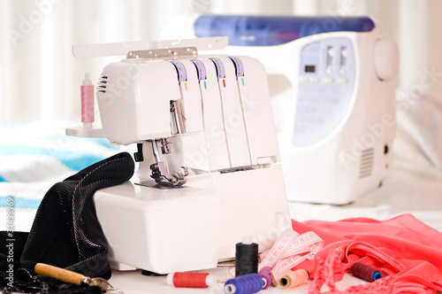 sewing-machines - 37498969