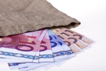 Geldsack mit EURO-Banknoten