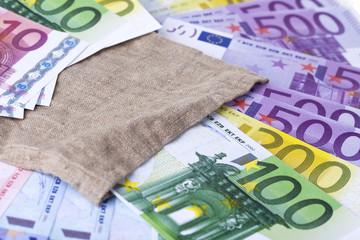 Geldsack mit EURO-Banknoten #2