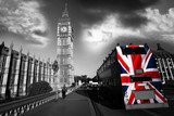 Big Ben with city bus in London, UK - 37506943