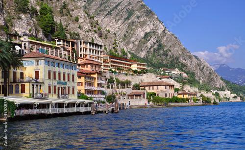 Ansicht von Limone sul Garda am Gardasee in Italien
