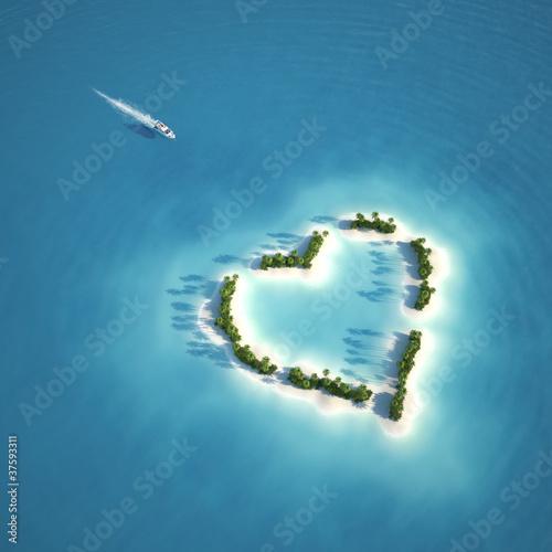 Leinwanddruck Bild paradise heart shaped island