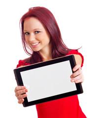 Frau streckt Tablet PC in Richtung Kamera