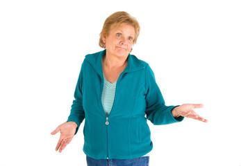 Frau zuckt mit den Schultern