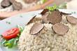 Feines Risotto mit frischen schwarzen Trüffeln