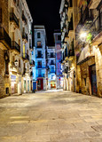 Fototapety night scene in gothic quarter, Barcelona, Spain
