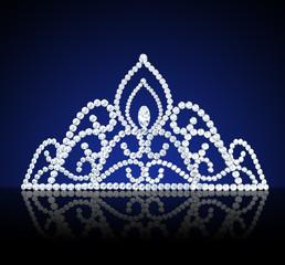 diadem feminine wedding with diamond on dark