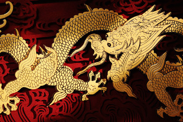 Traditional Chinese dragon painting © lily