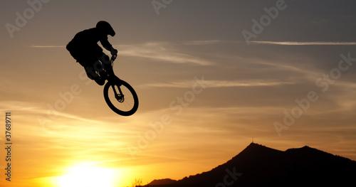 Fototapeta Mountainbike silhouette