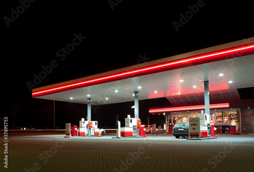 canvas print picture gas station
