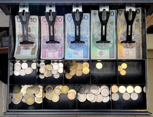 Szuflada z pieniędzmi - 37707559