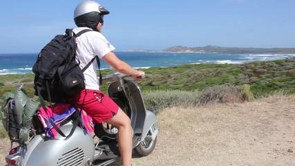 in sardegna in scooter