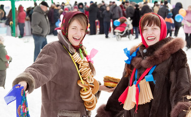 girls plays during Shrovetide at Russia