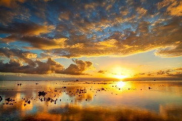 Crépuscule sur lagon de l'Ermitage - La Réunion