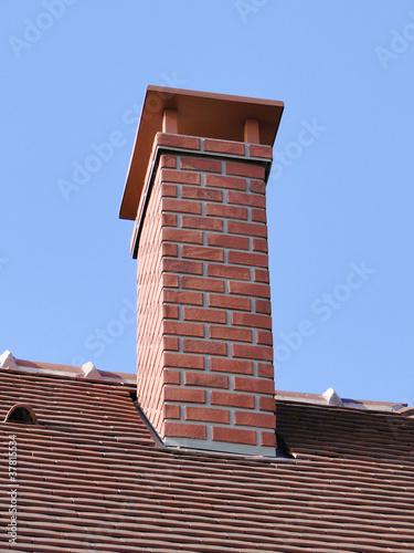 cheminée de toit - 37815534