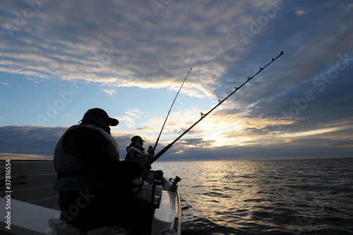 Fishing near Norway's coast - 37816554