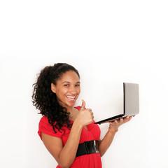 junge Frau mit Laptop