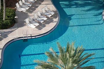 piscine haricot