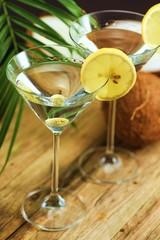 Cocktails mit Oliven