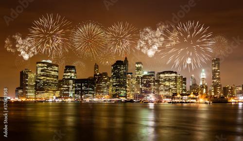 Naklejka Skyline von New York mit Feuerwerk