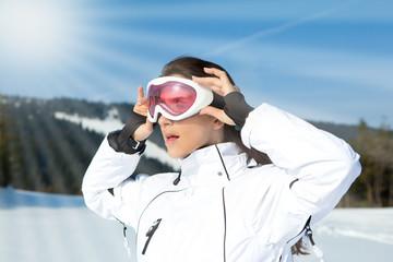 skibrille frau winter