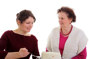 Frauen mit Torte