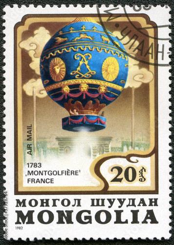 Fotobehang Ballon MONGOLIA - CIRCA 1982: A stamp printed in Mongolia shows French