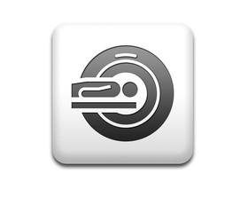 Boton cuadrado blanco simbolo resonancia magnetica