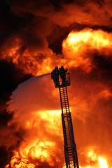 Feuerwehr Flammenhölle Qualm