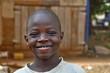 Afrikanischer , vergnügter Junge - 37975949