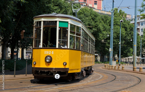 stary tramwaj w Mediolanie, Włochy