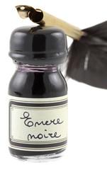 plume de calligraphie, encre noire