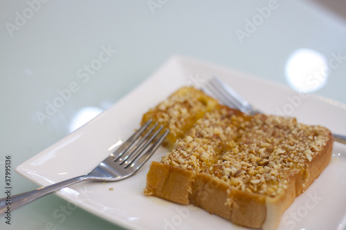 Almond and Caramel on Toast