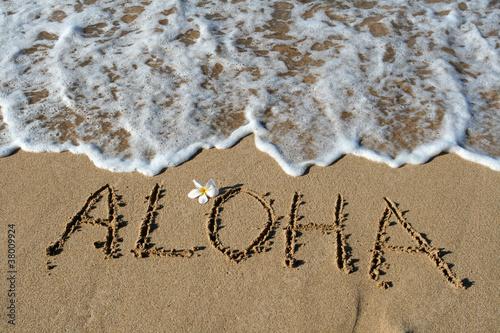 Leinwanddruck Bild Aloha in Sand, Hawaii, USA