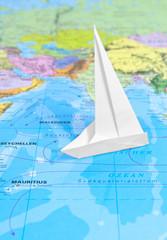 Weltkarte mit Segelschiff