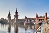Fototapety The Oberbaumbrucke bridge at Berlin, Germany