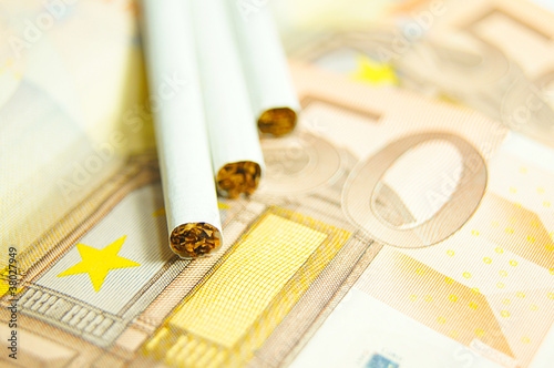 cigarettes costs-expensive habits