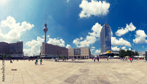 Leinwanddruck Bild Berlins Alexanderplatz