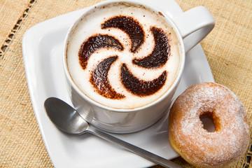 cappuccino con ciambella