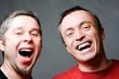 Hommes qui rient