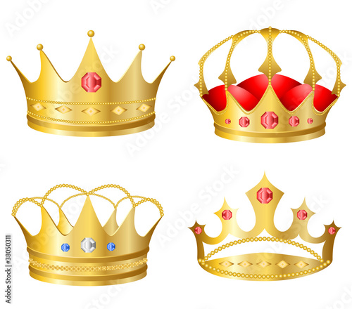 Realistic crown set