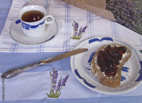 Hot tea with lavender and jam